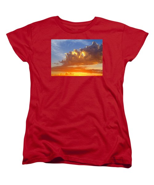 Women's T-Shirt (Standard Cut) featuring the photograph To God Be The Glory by Robert Pearson