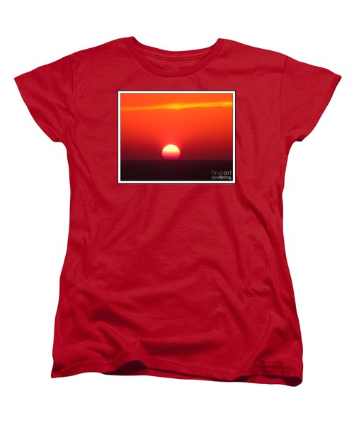 Women's T-Shirt (Standard Cut) featuring the photograph A Cooling Dive by Mariarosa Rockefeller
