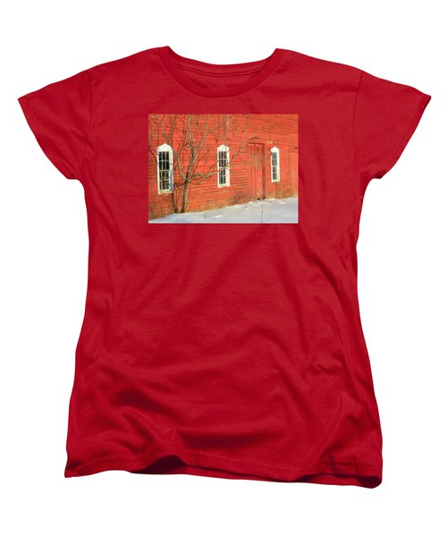 Women's T-Shirt (Standard Cut) featuring the photograph Barnwall In Winter by Rodney Lee Williams