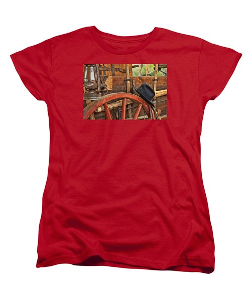 Dagnabbit Where Is My Hat Women's T-Shirt (Standard Cut) by Toni Hopper