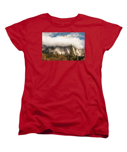 El Capitan Women's T-Shirt (Standard Cut) by Muhie Kanawati