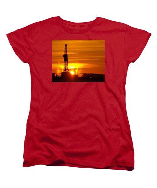 Frontier Nineteen Xto Energy Culbertson Montana Women's T-Shirt (Standard Cut) by Jeff Swan