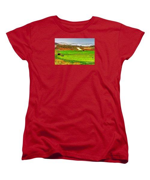 Women's T-Shirt (Standard Cut) featuring the photograph Golf Tee At Spyglass Hill by Jim Carrell