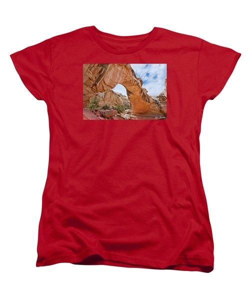 Hickman Bridge Natural Arch Women's T-Shirt (Standard Cut) by Jeff Goulden