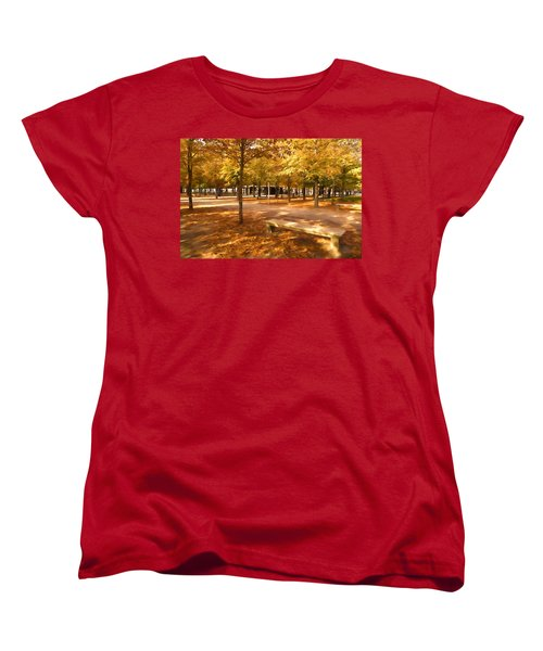 Impressions Of Paris - Tuileries Garden - Come Sit A Spell Women's T-Shirt (Standard Cut)