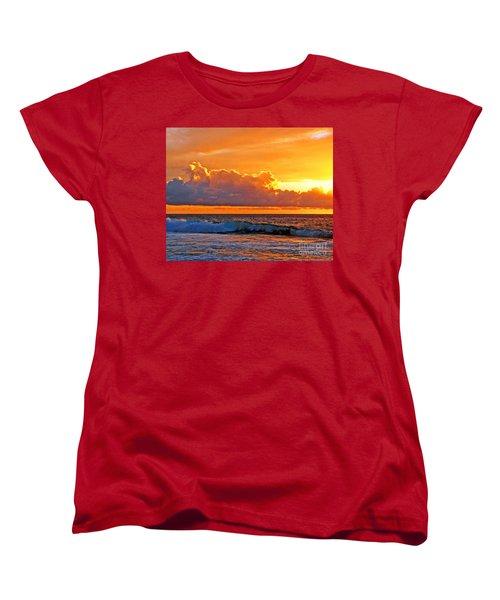 Women's T-Shirt (Standard Cut) featuring the photograph Kona Golden Sunset by David Lawson