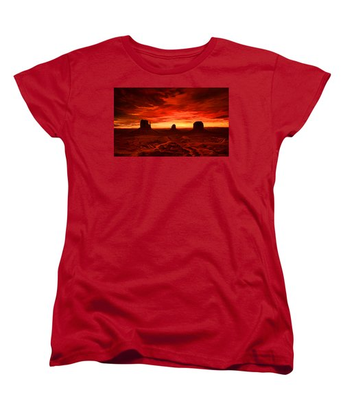 Women's T-Shirt (Standard Cut) featuring the painting Monument Valley Sunset by Tim Gilliland