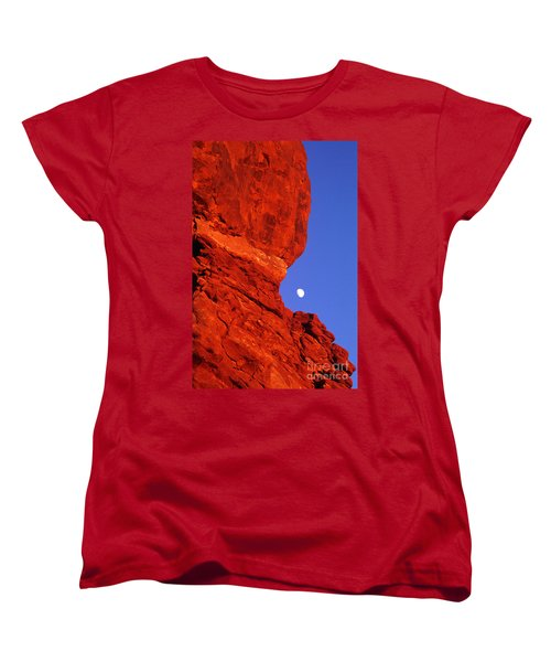 Women's T-Shirt (Standard Cut) featuring the photograph Moonrise Balanced Rock Arches National Park Utah by Dave Welling