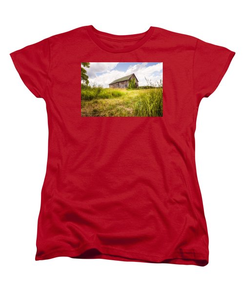 Women's T-Shirt (Standard Cut) featuring the photograph Old Barn In Ontario County - New York State by Gary Heller
