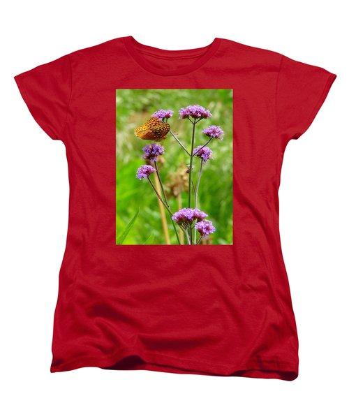 Perched Women's T-Shirt (Standard Cut)