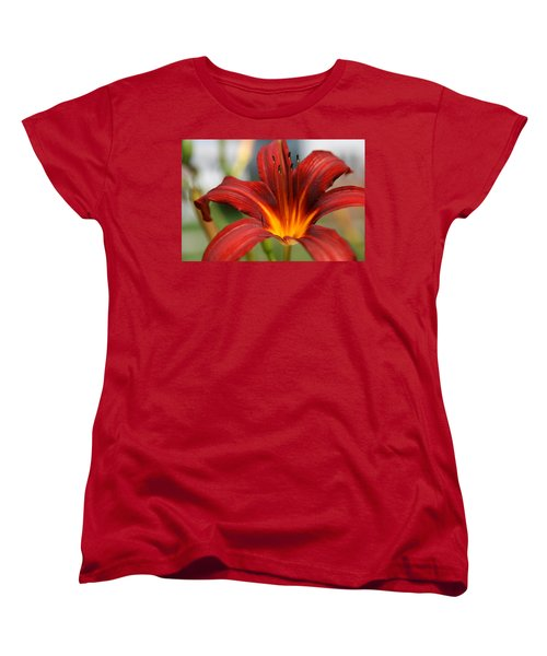 Women's T-Shirt (Standard Cut) featuring the photograph Sunburst Lily by Neal Eslinger