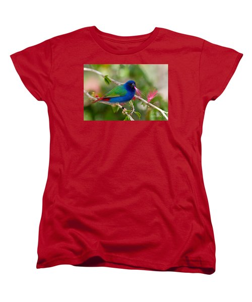 Women's T-Shirt (Standard Cut) featuring the photograph Tricolor Parrot Finch by Les Palenik