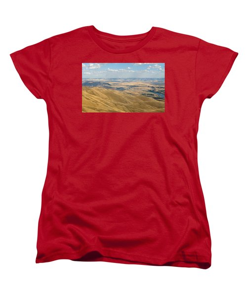Women's T-Shirt (Standard Cut) featuring the photograph Valley View by Mark Greenberg