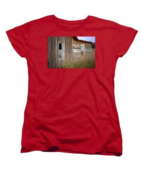 Women's T-Shirt (Standard Cut) featuring the photograph Windows On The World by Gordon Elwell