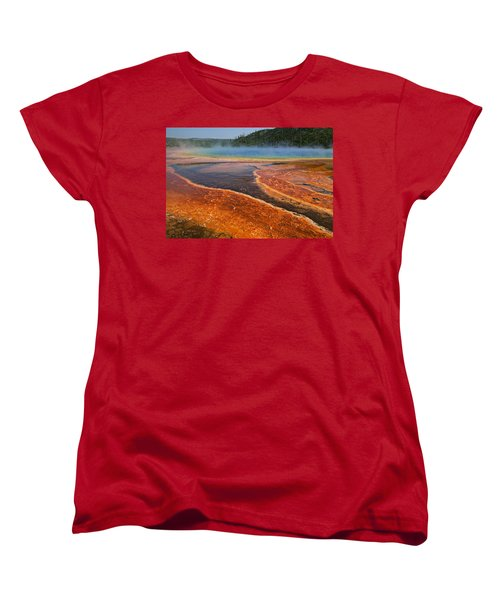 Middle Hot Springs Yellowstone Women's T-Shirt (Standard Fit)