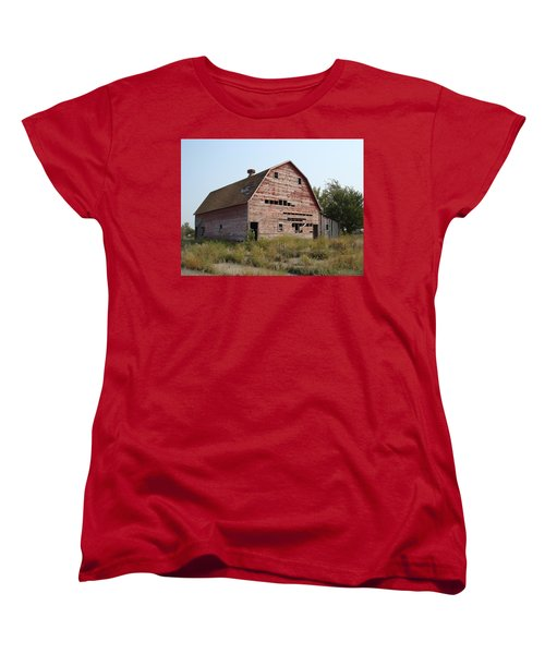 Women's T-Shirt (Standard Cut) featuring the photograph The Hole Barn by Bonfire Photography