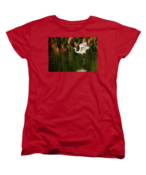 En Pointe Women's T-Shirt (Standard Cut) by Cyndy Doty