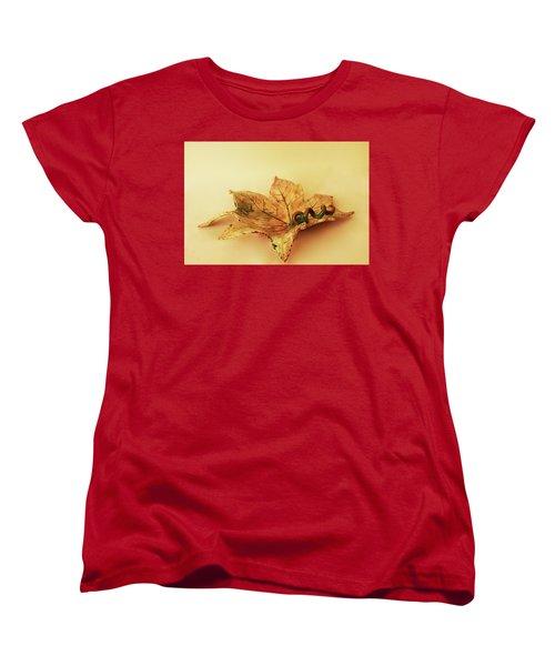 Leaf Plate1 Women's T-Shirt (Standard Cut) by Itzhak Richter