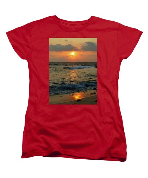 Women's T-Shirt (Standard Cut) featuring the photograph A Sunset To Remember by Lori Seaman