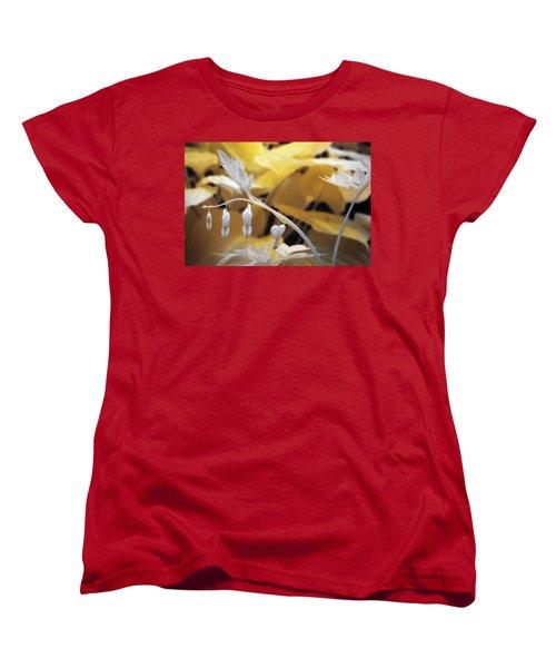 Bleeding Heart Gld Women's T-Shirt (Standard Cut) by Paul Seymour