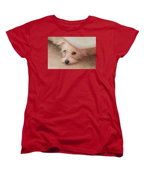 Chica In Hiding Women's T-Shirt (Standard Cut) by E Faithe Lester
