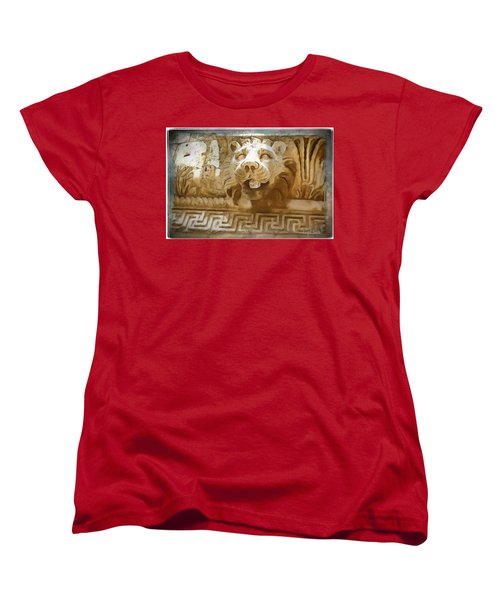 Women's T-Shirt (Standard Cut) featuring the photograph Do-00313 Lion Water Feature by Digital Oil