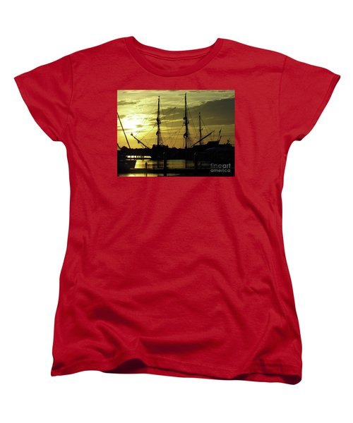 El Galeon Sunrise Women's T-Shirt (Standard Cut) by D Hackett