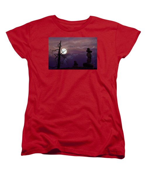 End Of Trail Women's T-Shirt (Standard Cut) by Ed Hall