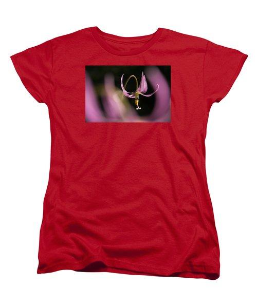 Erythronium Revolutum -365-35 Women's T-Shirt (Standard Cut) by Inge Riis McDonald