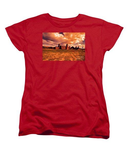 Women's T-Shirt (Standard Cut) featuring the photograph Flinders Ranges Ruins by Douglas Barnard