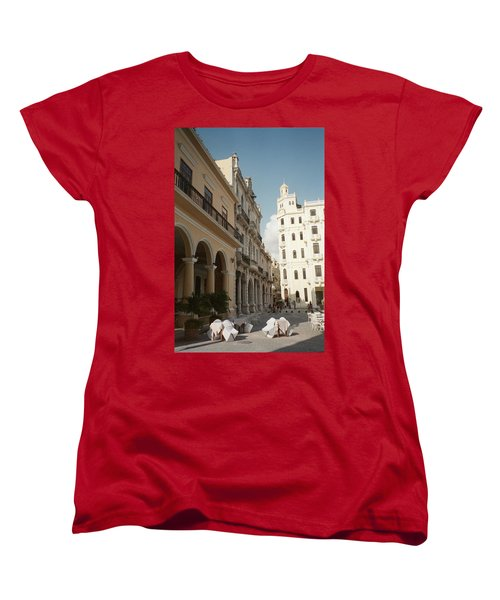 Havana Vieja Women's T-Shirt (Standard Cut) by Quin Sweetman