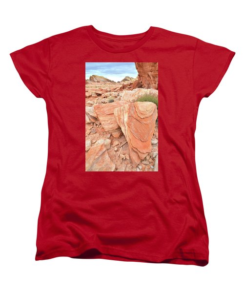 Women's T-Shirt (Standard Cut) featuring the photograph Hidden Cove In Valley Of Fire by Ray Mathis