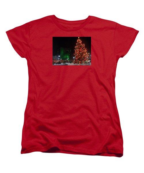 Women's T-Shirt (Standard Cut) featuring the photograph Holidays Downtown by Christina Verdgeline