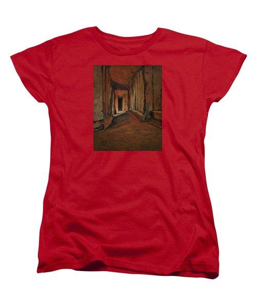 l'Origine de Maestricht Sint Pieter Maastricht  Women's T-Shirt (Standard Fit)