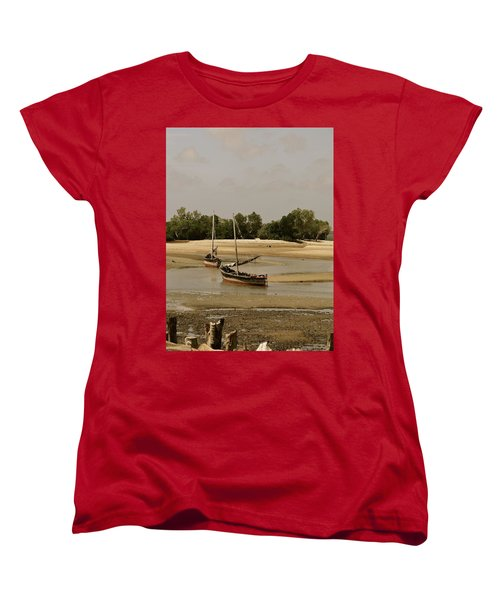 Lamu Island - Wooden Fishing Dhows At Low Tide With Pier - Antique Women's T-Shirt (Standard Fit)