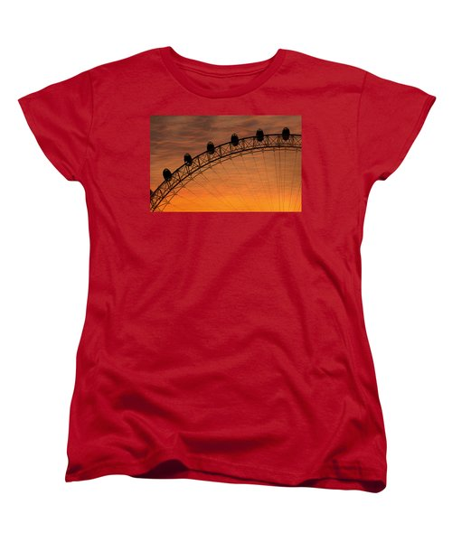 London Eye Sunset Women's T-Shirt (Standard Cut) by Martin Newman