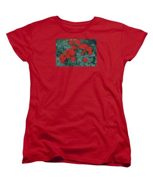 Marilyn's Red Roses Women's T-Shirt (Standard Cut)