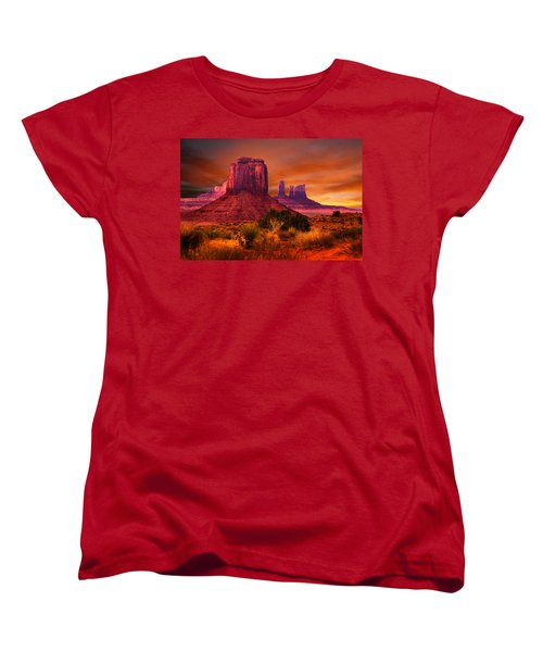 Monument Valley Sunset Women's T-Shirt (Standard Cut) by Harry Spitz