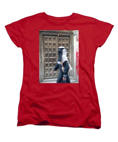 Old Lamu Town Muslim Woman Walking Women's T-Shirt (Standard Cut) by Exploramum Exploramum