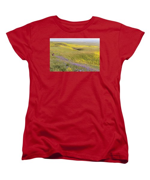 Women's T-Shirt (Standard Cut) featuring the photograph Photographing Carrizo by Marc Crumpler