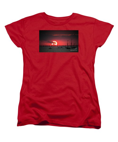 Red Sky Women's T-Shirt (Standard Cut) by Scott and Dixie Wiley