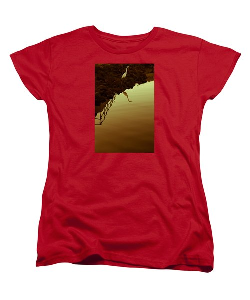 Women's T-Shirt (Standard Cut) featuring the photograph Elegant Bird by Lora Lee Chapman