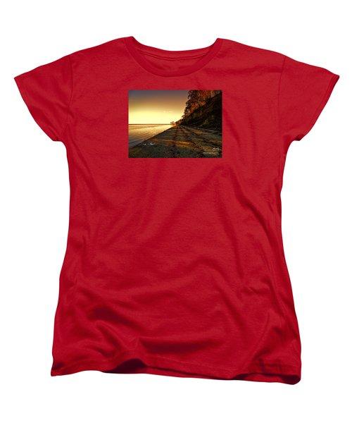 Relaxing In Surry Virginia Women's T-Shirt (Standard Cut) by Melissa Messick
