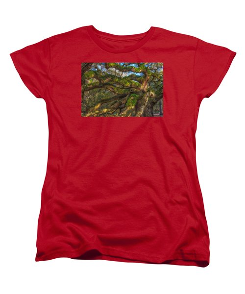 Resurrection Fern Dons Angel Oak Women's T-Shirt (Standard Cut) by Patricia Schaefer