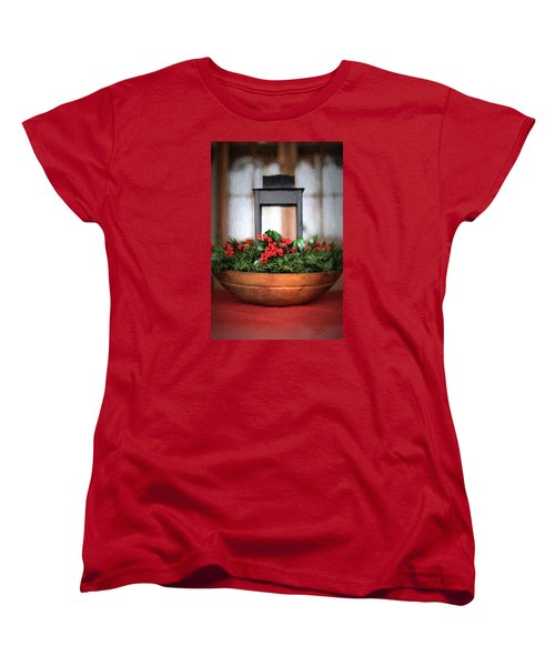Women's T-Shirt (Standard Cut) featuring the photograph Seasons Greetings Christmas Centerpiece by Shelley Neff