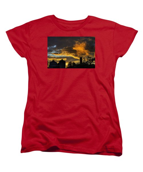 Women's T-Shirt (Standard Cut) featuring the photograph Smoky Sunset by Jeremy Lavender Photography