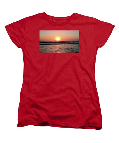 Women's T-Shirt (Standard Cut) featuring the photograph Splashing by Beto Machado