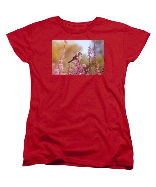 Women's T-Shirt (Standard Cut) featuring the photograph Spring Sparrow by Lynn Bauer