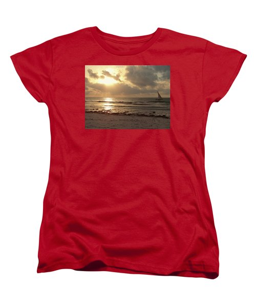 Sun Rays On The Water With Wooden Dhow Women's T-Shirt (Standard Fit)