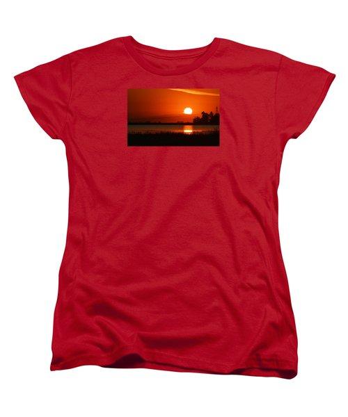 Sundown Women's T-Shirt (Standard Cut)